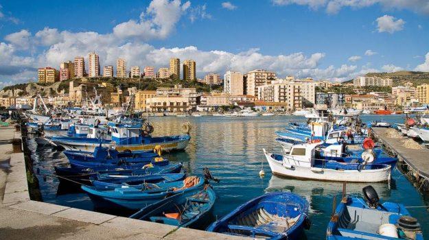 pescatore morto porto empedocle, Agrigento, Cronaca
