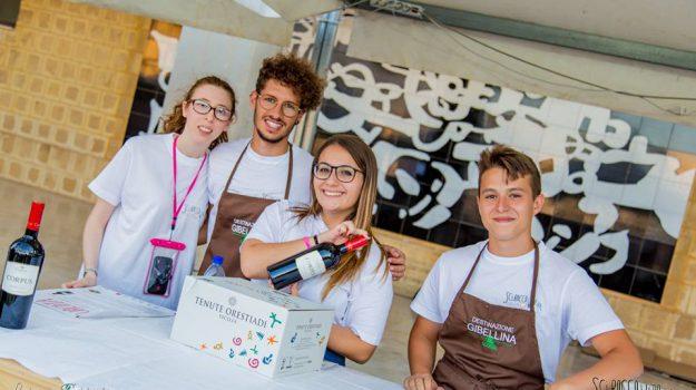 scirocco wine fest, Trapani, Società