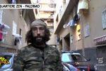 Brumotti aggredito allo Zen di Palermo, ecco il video integrale di Striscia la notizia