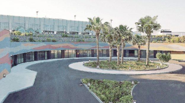 aeroporto pantelleria, Trapani, Economia