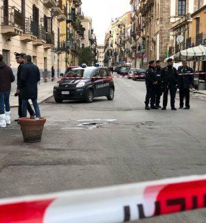 Palermo, spari e paura alla Kalsa Uomo ferito con 2 colpi di pistola