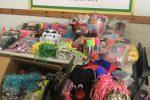 Sequestrati 1200 articoli di Carnevale non sicuri tra Patti e Falcone