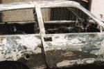 Quattro auto a fuoco a Paternò, è caccia a tre giovani
