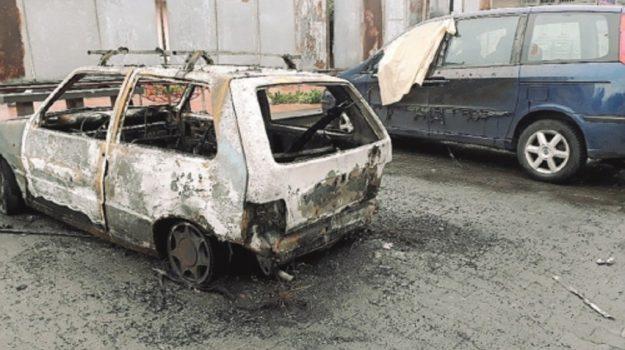auto incendiate paternò, Catania, Cronaca