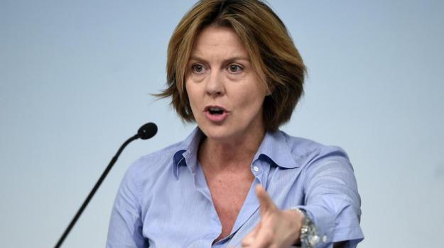 obbligo vaccini scuola, vaccini, Beatrice Lorenzin, Sicilia, Politica