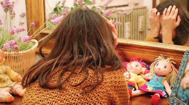 violenza sessuale minore, Enna, Cronaca