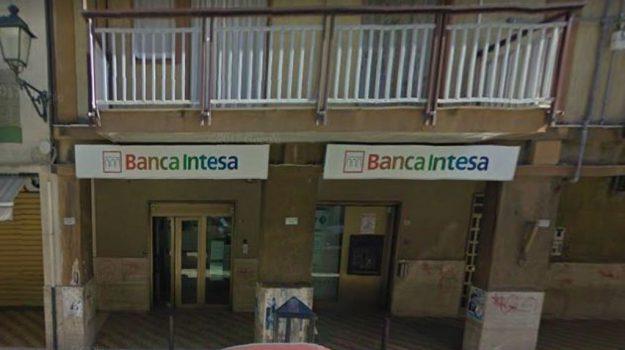 rapina banca misilmeri, Palermo, Cronaca