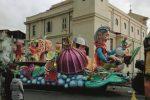 Festa ad Acquedolci nonostante l'attentato ai carri