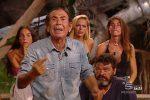 Giucas Casella lascia l'Isola dei Famosi per motivi di salute: tornerò appena guarito