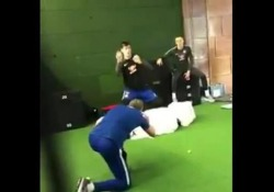 Chelsea, Courtois para le palline a velocità estrema