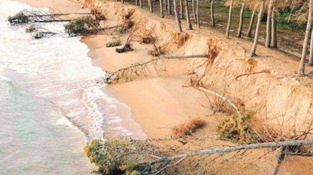 erosione costa agrigento, Agrigento, Cronaca