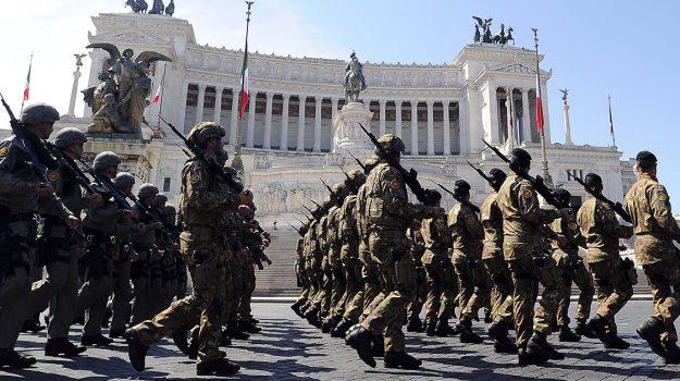 soldato morto gela, Caltanissetta, Cronaca