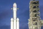 Via libera al lancio del Falcon Heavy, su note Life on Mars