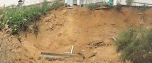 Frana costone a Monserrato, sette famiglie costrette allo sgombero