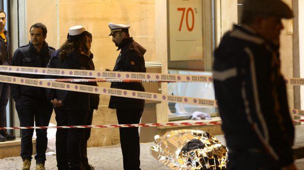 gioielliere uccide rapinatore, Sicilia, Cronaca