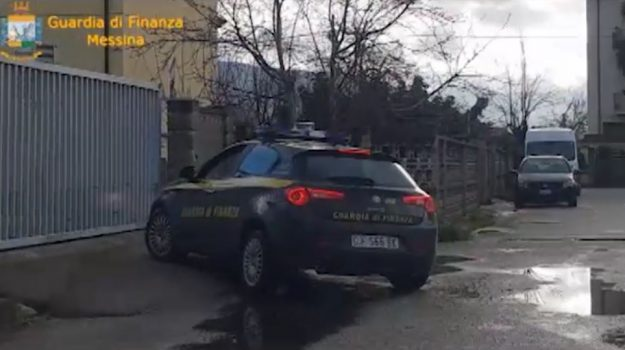 Impianto abusivo, sequestrata pompa di benzina a Messina