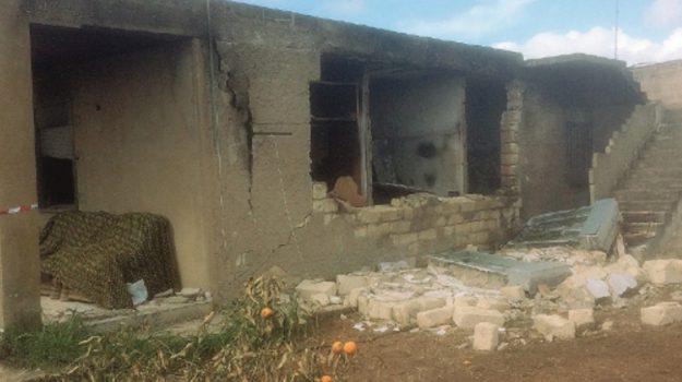 attentato incendiario niscemi, Caltanissetta, Cronaca