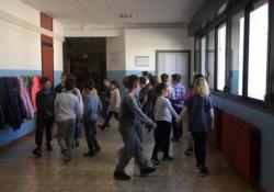 La tabellina dell'otto ballata e cantata a scuola