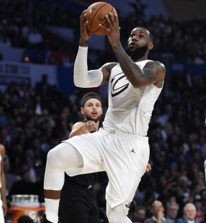 Show e vip per l'All Star Game, LeBron James votato come il migliore
