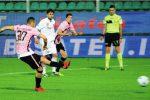 Il rosso di Coronado, l'errore di Posavec: allarme per il secondo ko di fila per il Palermo - Video