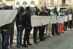Ancora tensione a Lampedusa, nuova protesta di tunisini