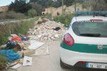 L'ex strada di Tremilia a Siracusa trasformata in discarica