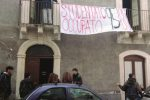 Studenti universitari occupano edificio in via Gallo a Catania