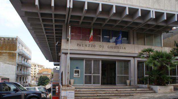 abusivismo a modica, Ragusa, Cronaca