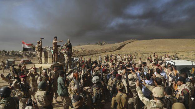guerra iraq, offensiva anti-isis, ritiro truppe usa, Sicilia, Mondo