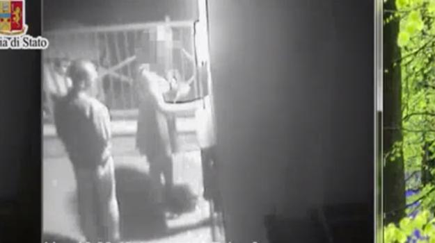 Turista violentata a Palermo, in un video il momento dell'aggressione