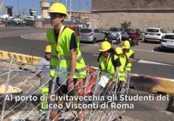 Tutti a bordo! Così i liceali romani imparano a difendere i mari da plastica e idrocarburi