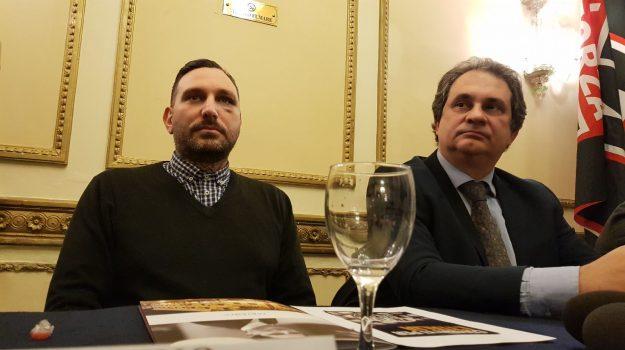 aggressione forza nuova palermo, forza nuova, Palermo, Politica