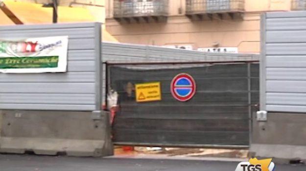 Lavori in Via Amari, le proteste dei negozianti
