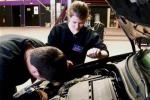 Assistenza auto, in calo i prezzi delle officine