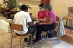 A Trapani un lavoro per dieci richiedenti asilo: si occuperanno della cura del verde a Paceco