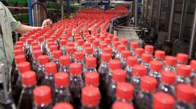 Bevanda alcolica Coca Cola, Coca Cola, Sicilia, Società