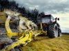 Caltanissetta, pensionato muore incastrato nella fresa del trattore
