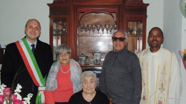 compie cento anni e muore lo stesso giorno, Antonina Salsiccia, Trapani, Cronaca