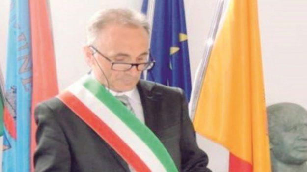 comune di longi, Antonino Fabio, Messina, Politica