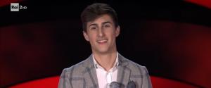 """The Voice of Italy, il giovane Antonio da Marsala conquista i giudici con """"Vedrai, vedrai"""""""