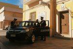 Lampedusa, tre migranti ospiti nell'hot spot arrestati per furto in villa