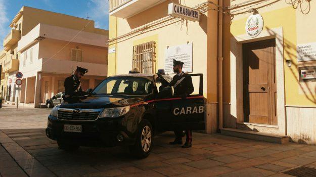 carabinieri di lampedusa, furto in villa, migranti, Agrigento, Cronaca