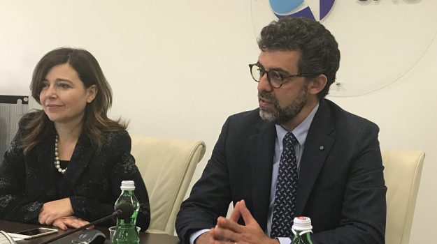 nuove rotte catania, Catania, Economia