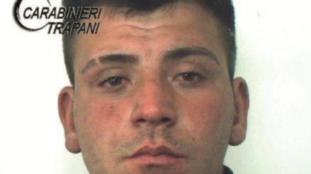 Tentato furto in un lido balneare di Trapani, arrestato un 23enne