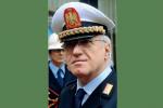 Butta rifiuti per strada a Palermo, residente lo richiama: scoppia lite, interviene il comandante dei vigili