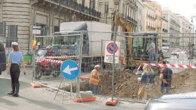 chiusura via roma, lavori collettore fognario, Palermo, Cronaca