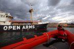 Migranti, Open Arms denuncia l'Italia e la Libia per omissione di soccorso