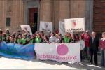 A Marsala #stessasquadra, palloncini rosa a sostegno delle donne - Video