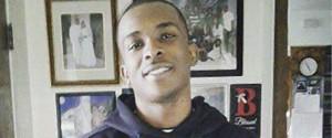 Cellulare scambiato per un'arma, ragazzo di colore ucciso per errore: sale la protesta in Usa