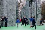 A Milano la Stonehenge gonfiabile di Deller
